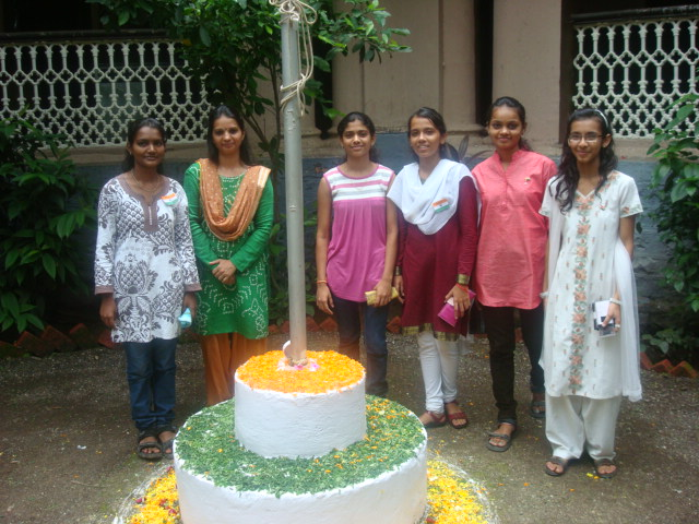 WITH SNDT STUDENTS AT 15TH AUGUST CELEBRATION AT BLIND HOME